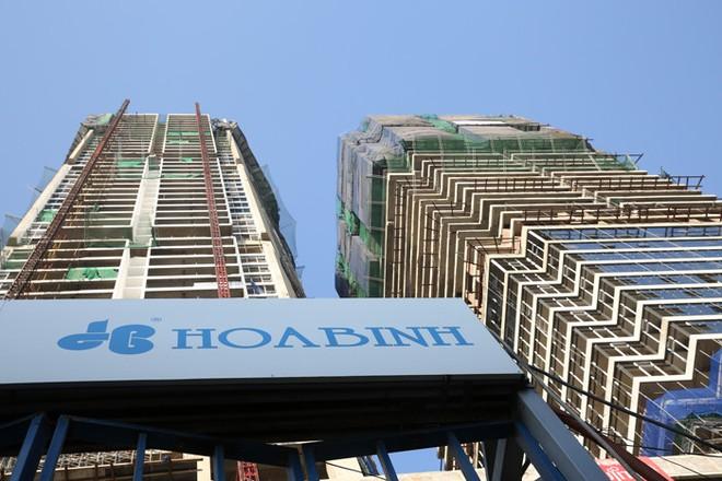 Hòa Bình (HBC) trúng thầu 8 dự án mới, trị giá hơn 1.300 tỷ đồng