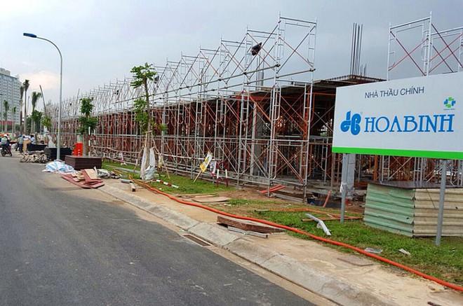 Hòa Bình (HBC) tăng kế hoạch lợi nhuận lên 828 tỷ đồng, hoãn phát hành 35 triệu cổ phiếu cho cổ đông chiến lược