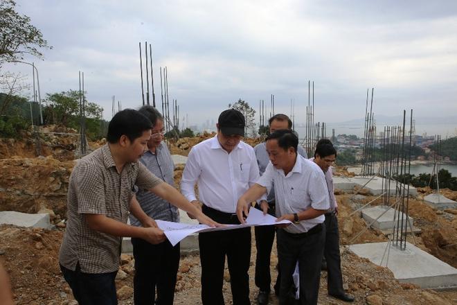 Chủ tịch TP Đà Nẵng kiểm tra đột xuất dự án không phép trên bán đảo Sơn Trà