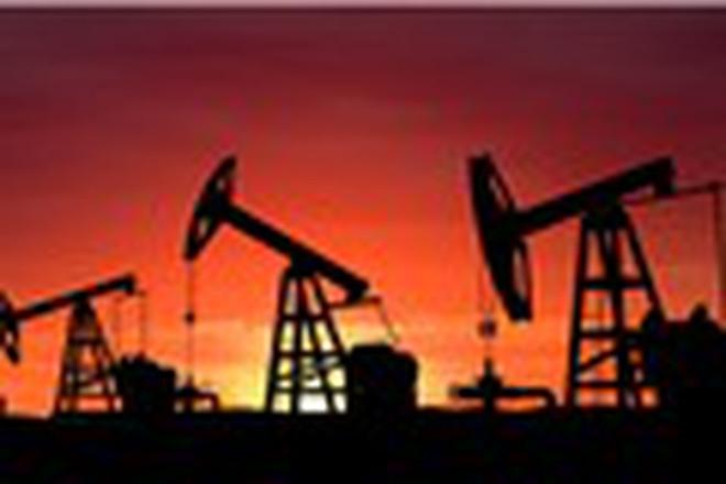 Giá dầu đảo chiều bởi đồng USD