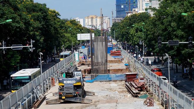 Video: Nhà giữa Thủ đô biến thành hầm sau dự án đường sắt Nhổn - Ga Hà Nội