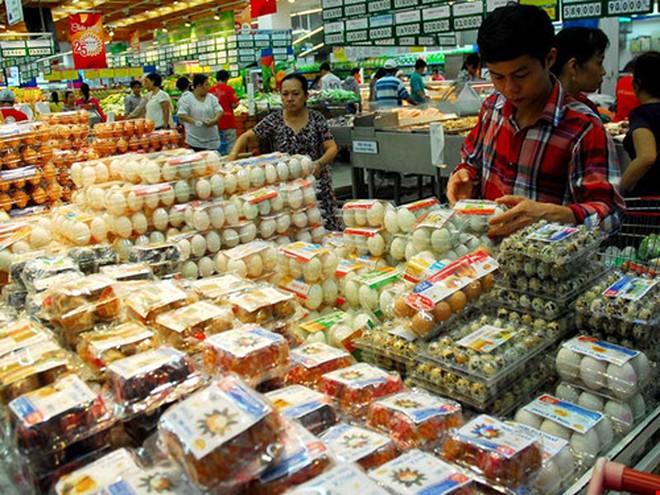 Vì sao Việt Nam phải nhập muối, trứng?
