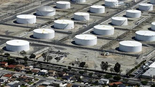 Giá dầu mấp mé đáy 3 tháng