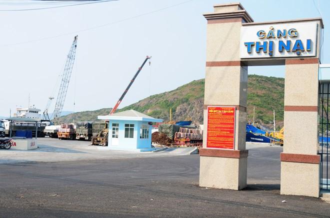Cầu cảng Thị Nại xuống cấp nghiêm trọng