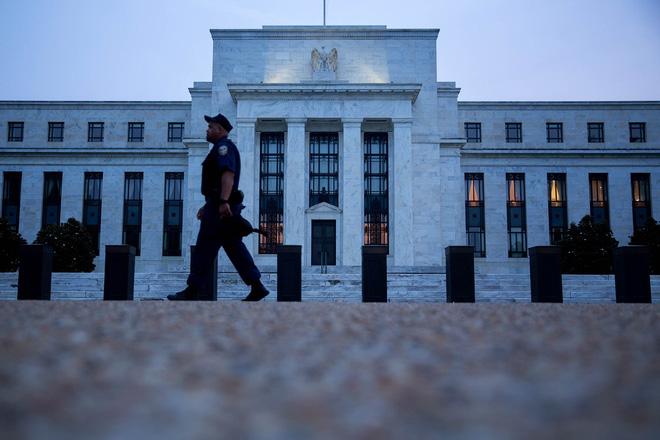 Chứng khoán toàn cầu đồng loạt tăng điểm sau khi Fed tăng lãi suất