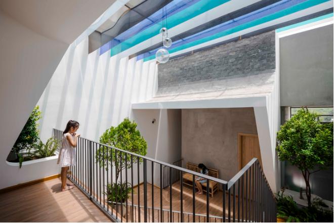 Báo Mỹ ngỡ ngàng với ngôi nhà đẹp lung linh ở Bình Dương
