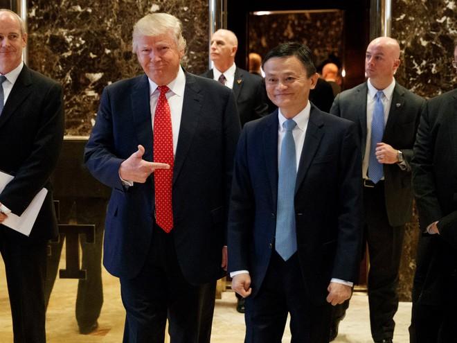 Jack Ma đã nói gì với Donald Trump trong cuộc trò chuyện 40 phút?