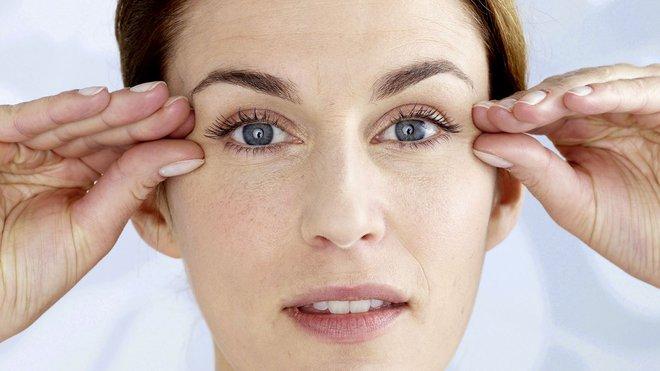 8 bài tập đơn giản giúp đôi mắt khỏe mạnh: Dành ngay ít phút mỗi ngày để giảm nhức mỏi