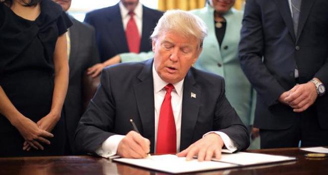 Nhà Trắng đăng nhầm bản nháp sắc lệnh của ông Trump