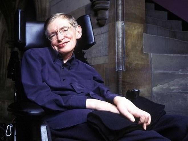8 tuổi mới biết đọc, từng là sinh viên lười, điều gì khiến Stephen Hawking nỗ lực làm nên điều kỳ diệu nhất cuộc đời?