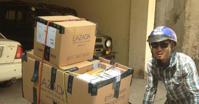 Cuối năm 2016, Lazada liên tiếp bị khách hàng khiếu nại