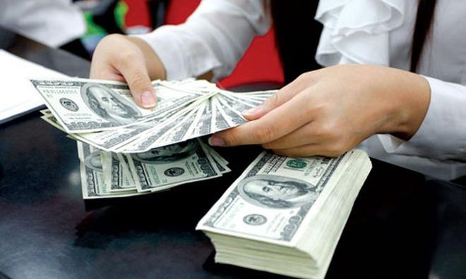 USD ngân hàng tiếp tục tăng vọt