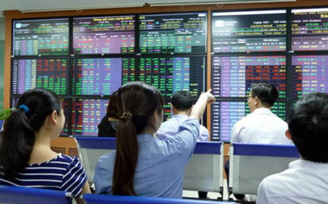 Dồn dập giao dịch cổ phiếu ngân hàng