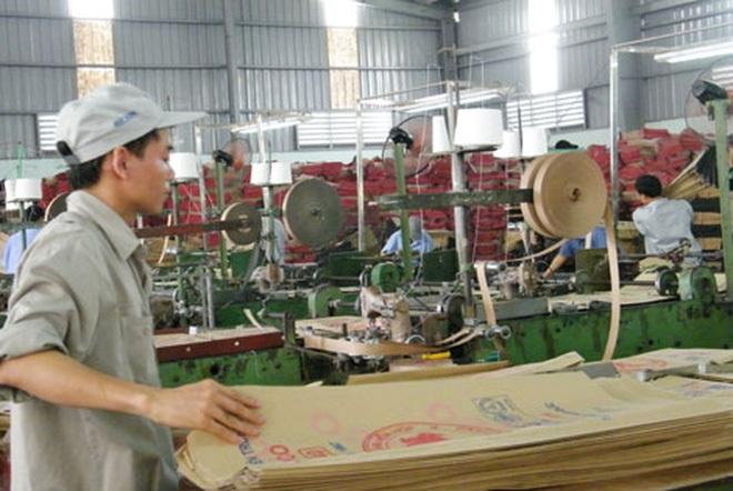 Nhựa Bao Bì Vinh (VBC) chủ trương phát hành cổ phiếu thưởng tỷ lệ 150%, trả cổ tức năm 2016 tỷ lệ 50%