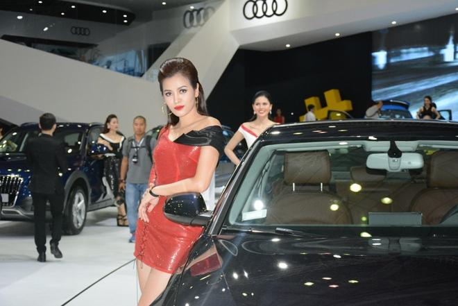 Ô tô nhập từ Indonesia bất ngờ tăng chóng mặt