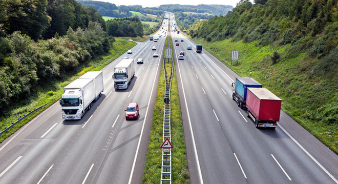 """Giải trình về """"giá 1 km đường cao tốc Việt Nam đắt hơn Mỹ, Trung Quốc"""": Con số bất ngờ từ Bộ trưởng GTVT"""