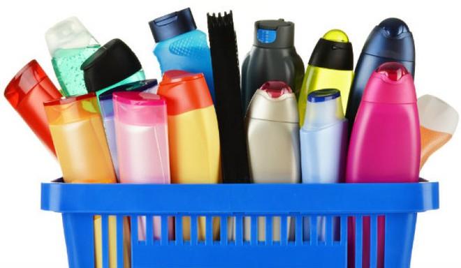 Yêu cầu thu hồi 30 loại mỹ phẩm 'có vấn đề'