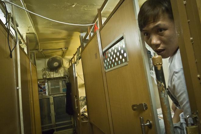 """Những ngôi nhà """"quan tài"""" ở Hồng Kông, Trung Quốc"""