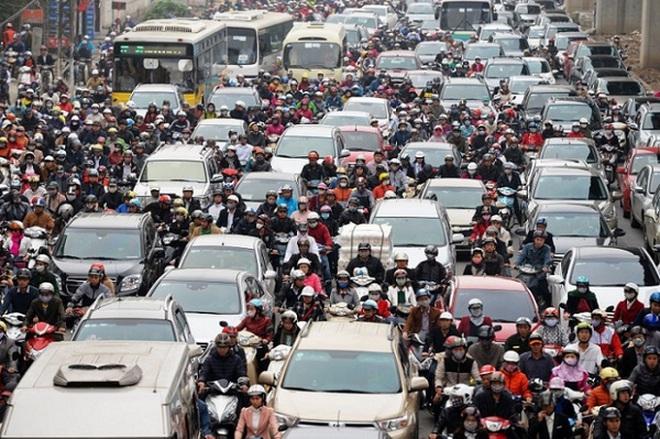 """Ám ảnh ôtô """"bãi rác"""" vào Việt Nam, nhìn từ những chiếc xe 4.400 USD"""
