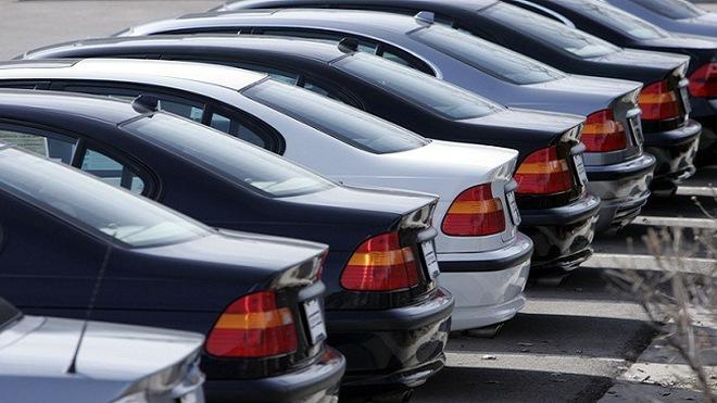 Không nhận ô tô doanh nghiệp tặng, đấu giá biển số đẹp