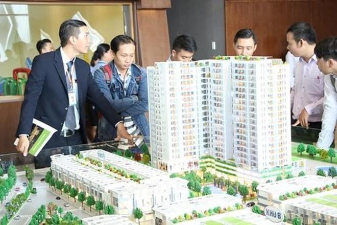 """Nhiều """"lính mới"""" tham gia thị trường địa ốc"""