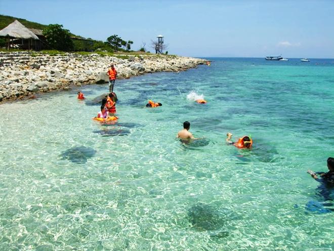 Khách du lịch đến Nha Trang  có thời gian lưu trú cao gấp gần 4 lần TPHCM