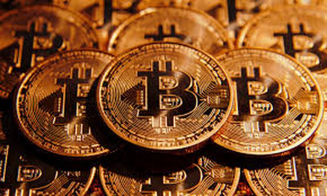 1 Bitcoin có giá 1.900 USD, thế giới đang xuất hiện bong bóng tiền ảo?