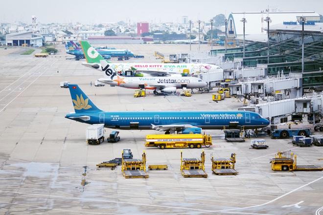 6 ngày Tết, hàng không chậm, huỷ gần 500 chuyến bay