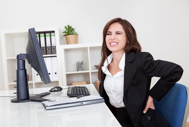 Dân văn phòng ngồi quá 8 tiếng/ngày: Không muốn bị rút ngắn tuổi thọ thì hãy làm việc này ngay hôm nay