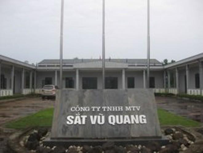 Tạm giữ tàu chở 4.500 tấn quặng sắt ở cảng Vũng Áng