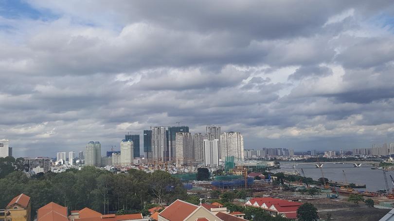 Cận cảnh dự án BĐS tấp nập thi công ở khu Đông Sài Gòn