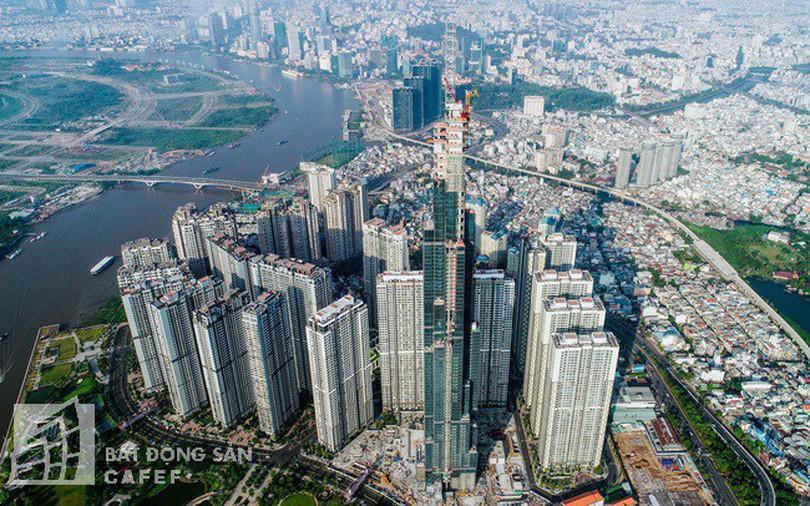 Cận cảnh công trường thi công đỉnh tòa nhà cao nhất Việt Nam, dự kiến khai trương vào quý 4