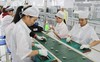 Tại sao có hiện tượng dòng vốn Hàn Quốc dịch chuyển từ Trung Quốc sang Việt Nam?