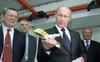 Sở hữu 1.857 tấn vàng, Nga vượt mặt Trung Quốc trở thành quốc gia dự trữ vàng nhiều thứ 5 thế giới