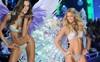 Victoria's Secret bị khách hàng công kích vì cáo buộc bán đồ lót