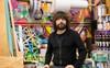 Ông vua rác thải Tom Szaky: khởi nghiệp từ giun, tái sinh những vật phẩm bỏ đi, sáng tạo dịch vụ tái sử dụng bao bì sản phẩm đơn giản mà hiệu quả không ngờ