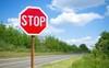 Nhà đầu tư chú ý: Cổ phiếu HLG sắp bị tạm ngừng giao dịch