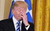 Chứng khoán Mỹ quay đầu giảm điểm vì Tổng thống Trump tiếp tục bị cáo buộc và gặp bất lợi