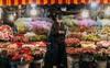 Chùm ảnh: Chợ hoa Quảng An sáng đèn, lung linh những ngày giáp Tết