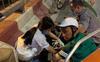 Hà Nội: Nữ tài xế lái ô tô con tông liên hoàn 3 xe máy trên đường Nguyễn Chí Thanh