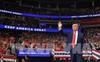 """Thị trường tiền tệ trước nguy cơ trở thành """"đấu trường"""" mới của Tổng thống Trump"""