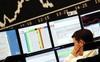 Moody's: Nguy cơ suy thoái toàn cầu trong năm tới là