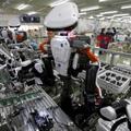 Những con số cho thấy robot không phải là mối đe dọa đáng sợ cho công nhân dệt may Việt Nam