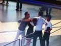 Vì sao nữ nhân viên Vietnam Airlines bị đánh?