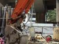 Nổ lớn ở Hà Đông: Do máy xúc va chạm với đường dây điện ngầm