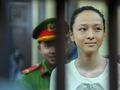 Đang xử vụ hoa hậu Phương Nga bị cáo buộc lừa đảo 16,5 tỉ đồng của đại gia Cao Toàn Mỹ