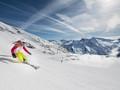 4 địa điểm đẹp đến nín thở dành cho những người đam mê trượt tuyết trong mùa đông này