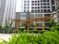 Nội - ngoại so găng trên thị trường bất động sản
