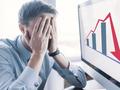 VIC, MSN kéo thị trường giảm sâu, cổ phiếu ngân hàng ngược dòng tăng điểm