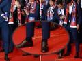 Son Heung-min bị CĐV Hàn Quốc ném trứng sau khi trở về nước từ World Cup 2018